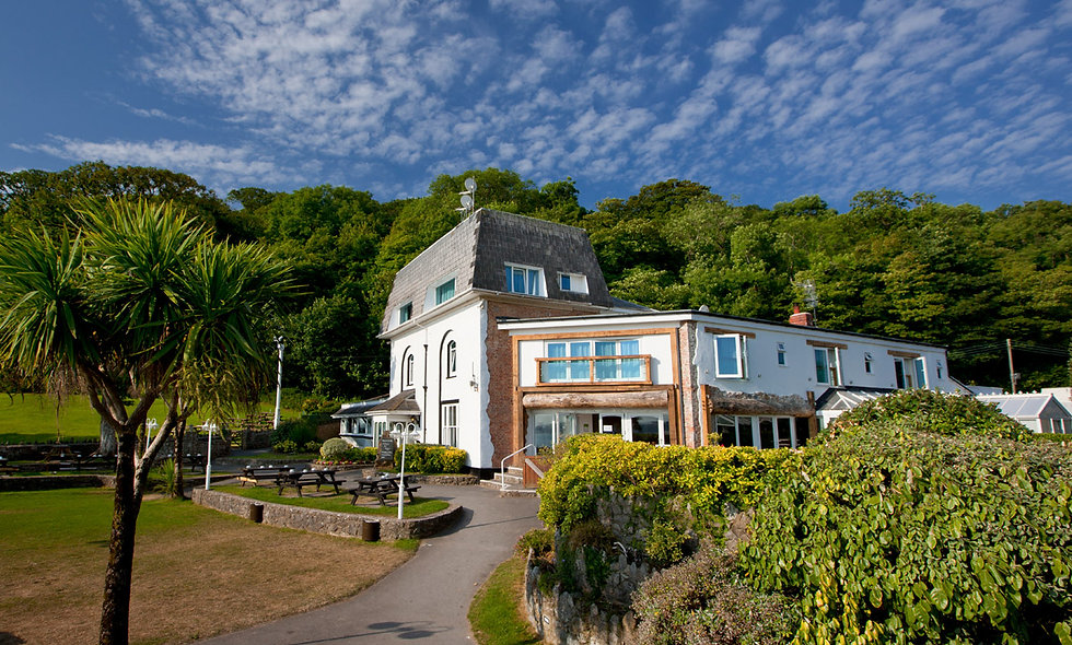 One Night Gower Coastal Break for Two at the Oxwich Bay