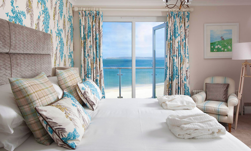 One Night Escape in a Luxury Junior Beach Suite for Two