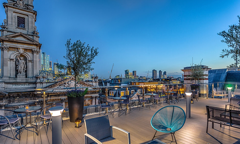 One Night London Break with Champagne for Two at the Courthouse Hotel