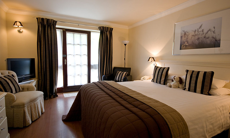 One Night New Forest Escape with Dinner for Two