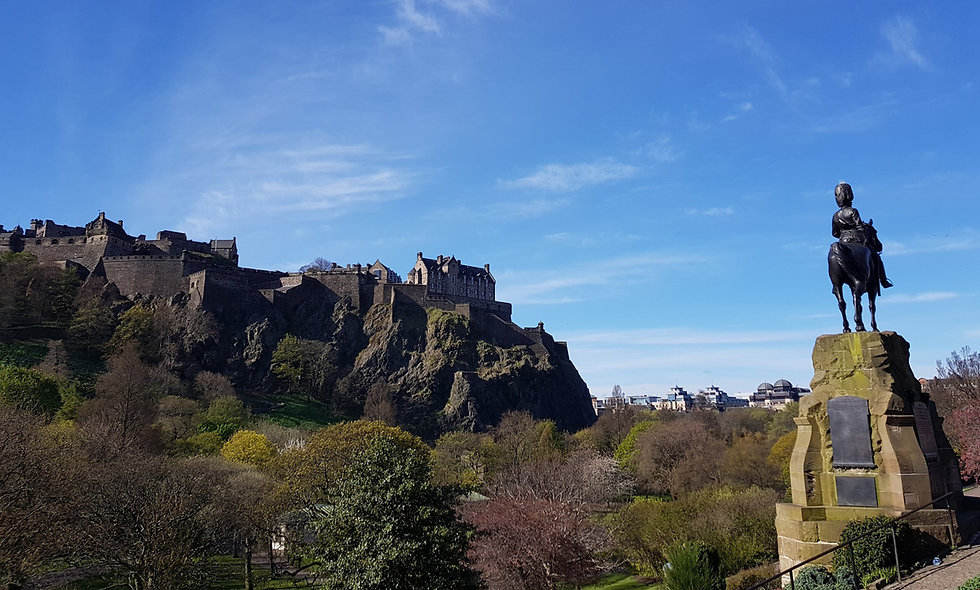 One Night Edinburgh Break with Dinner, Castle Visit