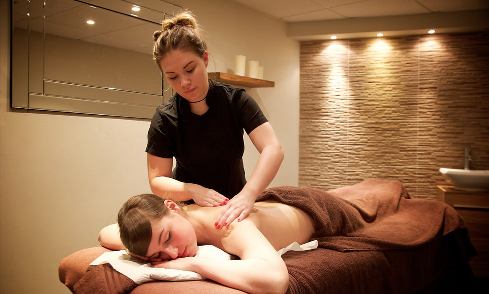 Relaxing One Night Pamper Break with Dinner and Treatment, Bournemouth