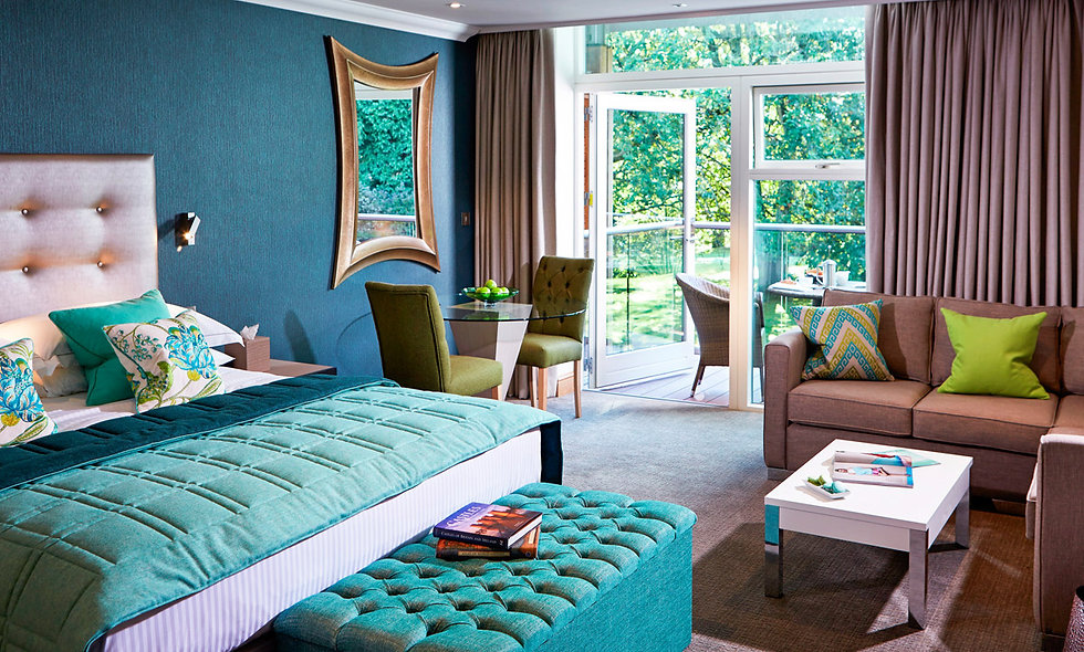 Luxurious One Night Stay with Champagne for Two at Alexander House