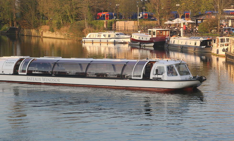 Bateaux Windsor River Thames Sunday Lunch Cruise