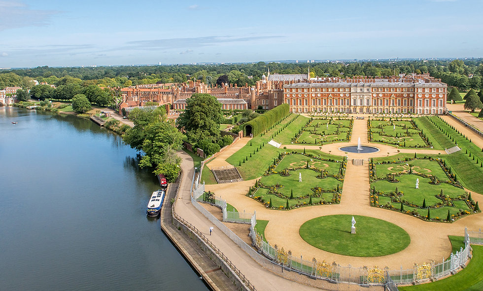 Visit to Hampton Court Palace with Thames River Cruise