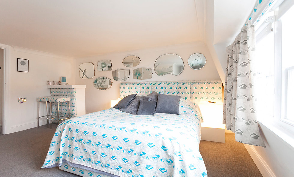 One Night Coastal Escape with Prosecco for Two at Brighton