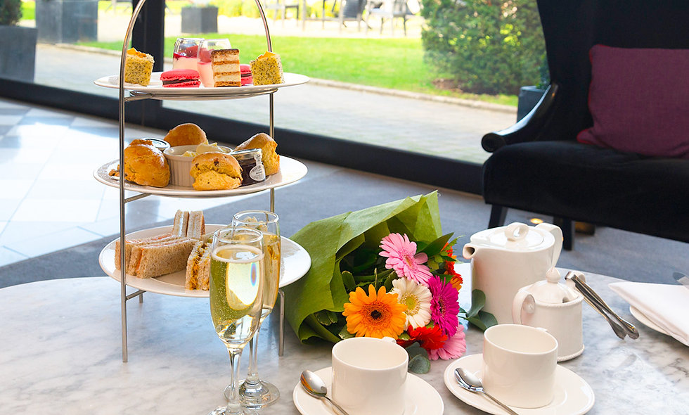 Sparkling Wine Afternoon Tea for Two at the Poets