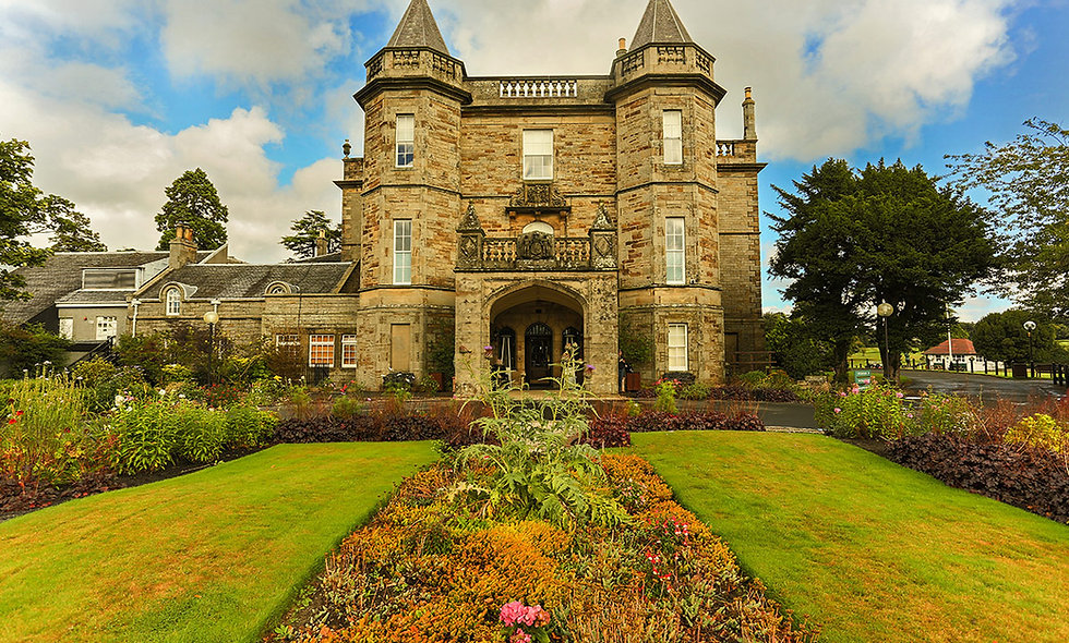 One Night Scottish Break for Two at the 4* Dalmahoy Hotel