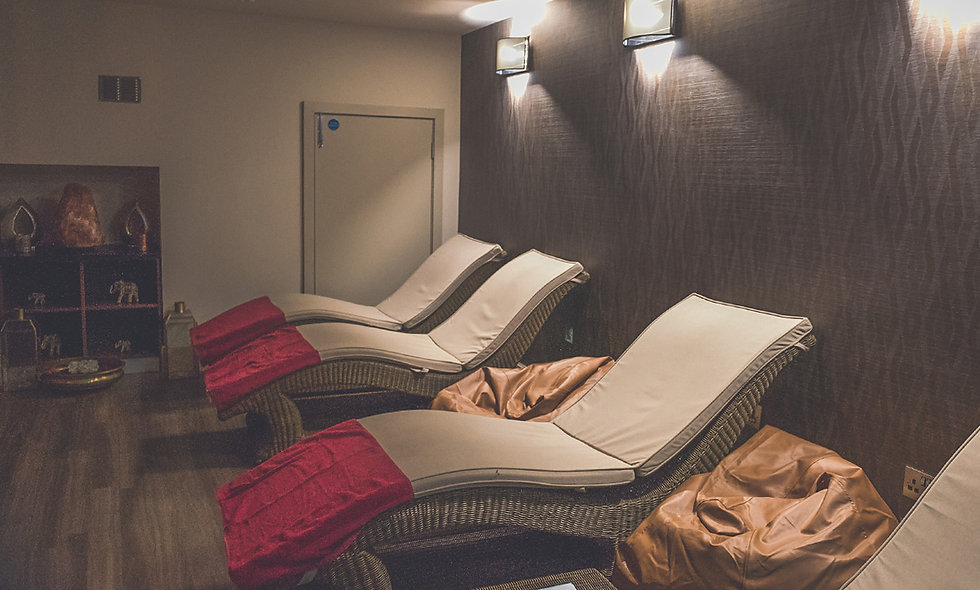 Pamper Day with Treatment and Champagne Lunch for Two