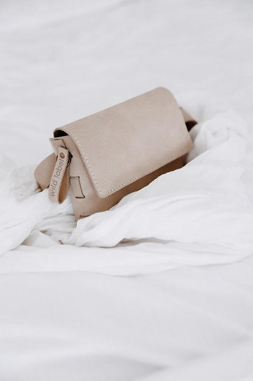 Large Fannypack & Shoulderbag in One - Beige ( no image yet)