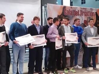 El triatlón regional premia a sus mejores deportistas