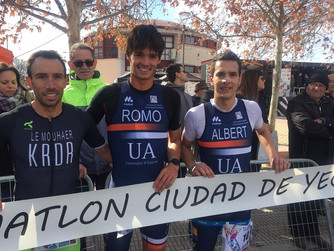 Romo y Martín-Moreno se coronan en Yecla