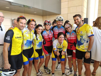 Un grupo de triatletas murcianos recorren más de 11 mil kilómetros 'En bicicleta Contra el Cánce