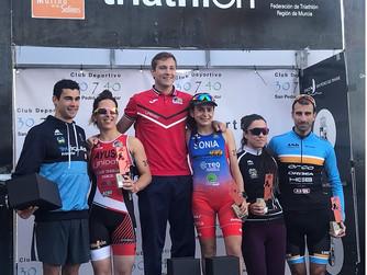 Arturo Galián y Sonia Gómez, Campeones Regionales de Triatlón