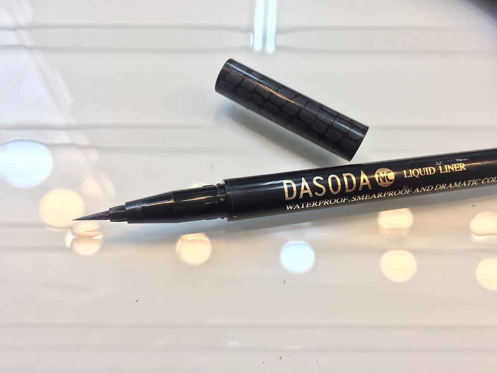 這是「DASODA,OL美人-養眼眼線液黑色液 」