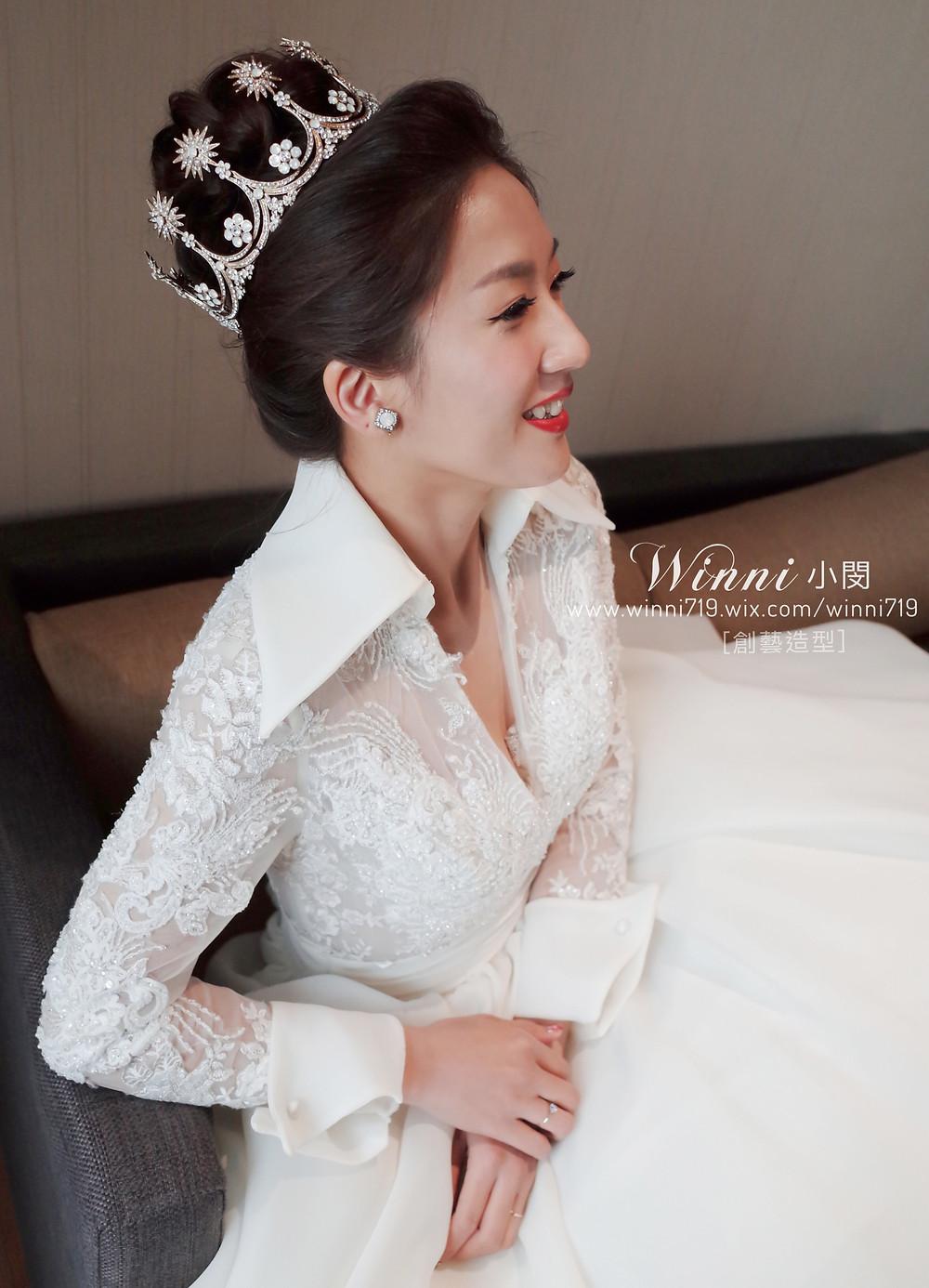 #白紗造型 #新娘造型  #皇冠 #新娘妝#編髮 #紅唇妝 #高盤髮 #圓形冠