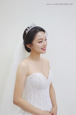 #白紗造型 #婚紗造型 #盤髮造型  #winni小閔妝髮造型 #皇冠