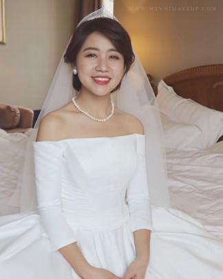 #白紗造型 #婚紗造型 #盤髮造型  #winni小閔妝髮造型 #短髮造型 #短髮新娘