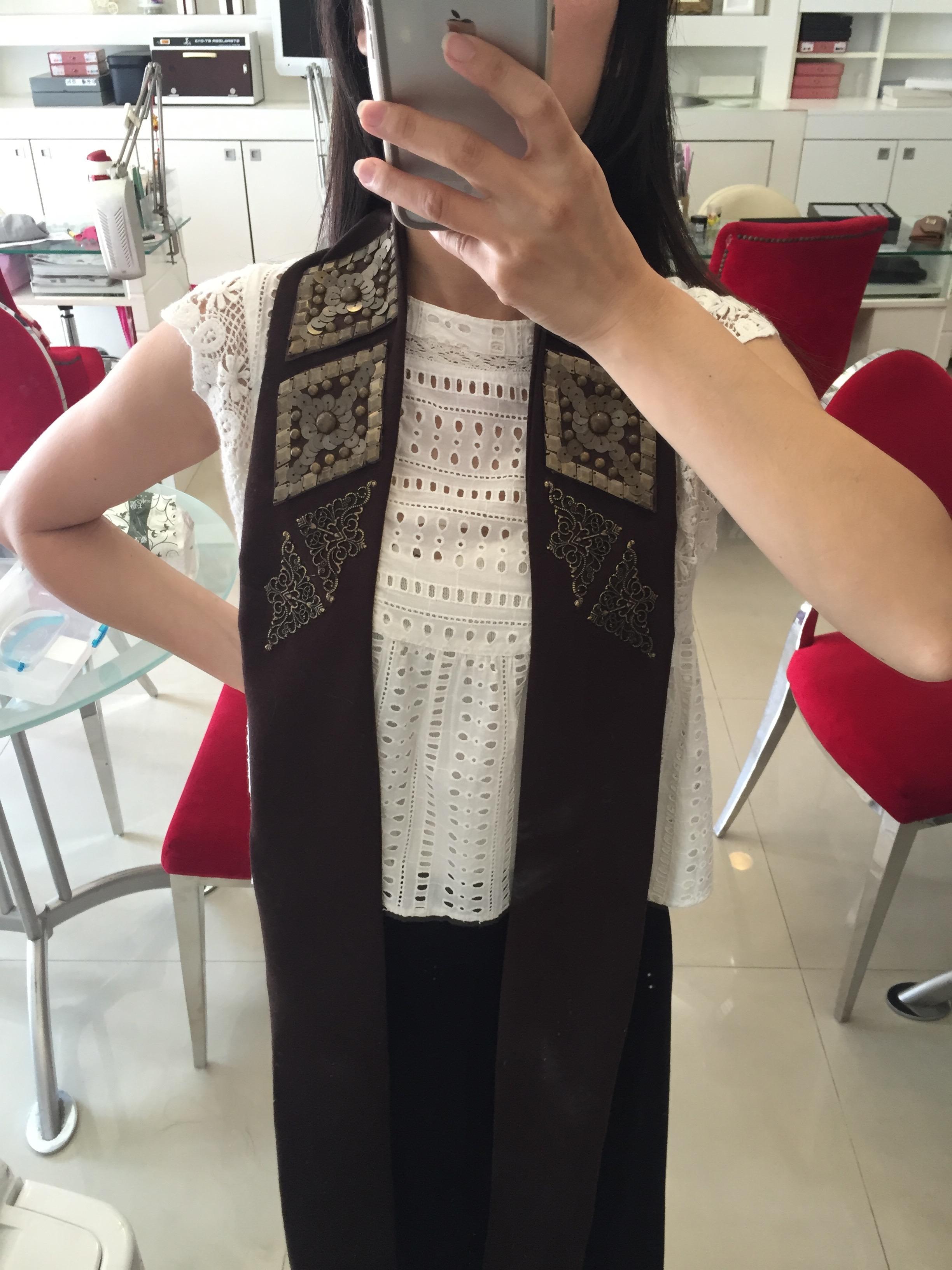 我親手縫製的披肩服裝配飾