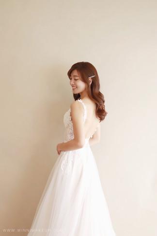 #白紗造型 #婚紗造型  #大波浪造型 #放髮造型 #捲髮 #韓系新娘 #韓系造型   #winni小閔妝髮造型