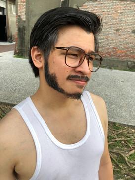 舞台劇男生鬍鬚老人妝髮造型
