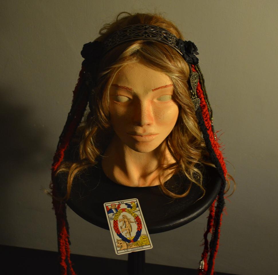 Strigoica Headdress