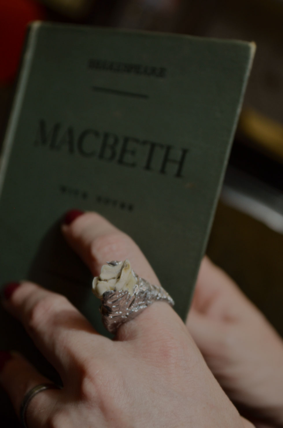 Macbeth Ring