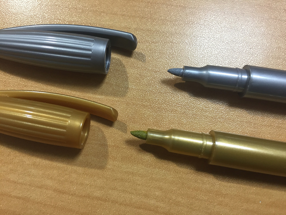 「サインペン」のペン先