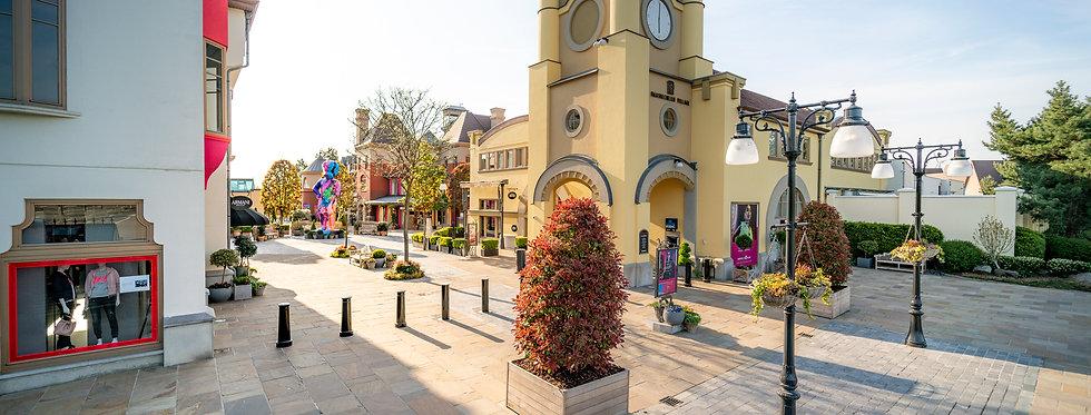 Shopping arrangement ME-TIME * Maasmechelen Village