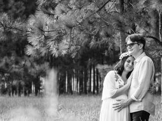 ensaio gestante casal no bosque