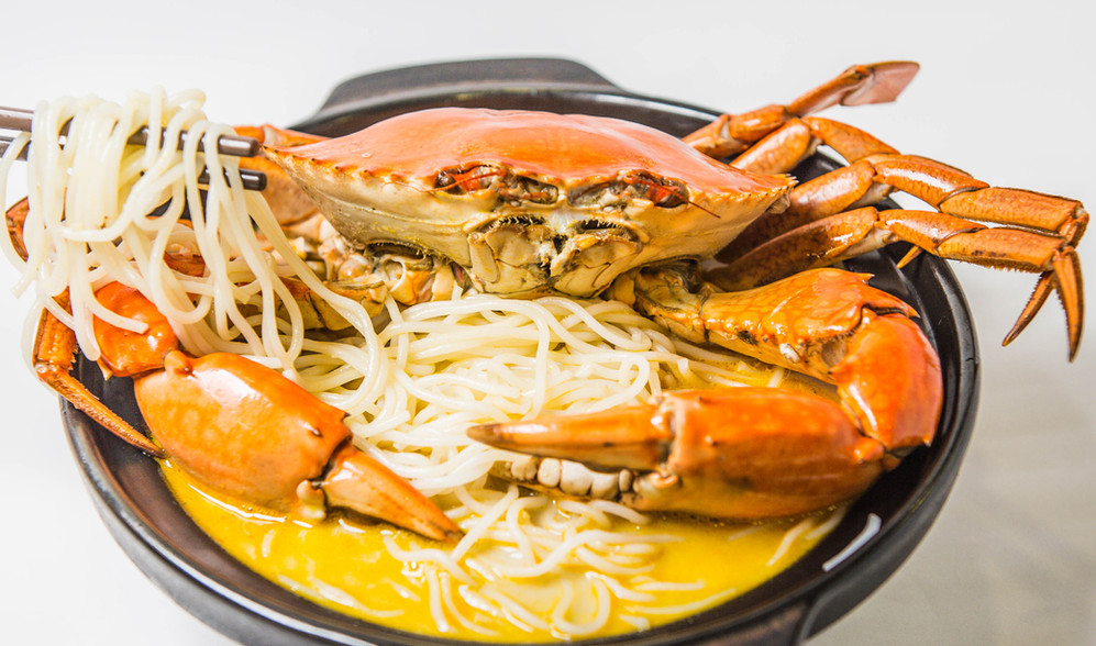 Mellben claypot crab with vermicelli soup