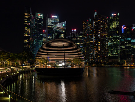Marina Bay Walkabout