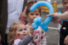 balloon-artist-animal-entertainments
