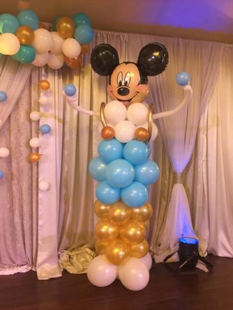 mickey-mouse-balloon-column-idea-birthda