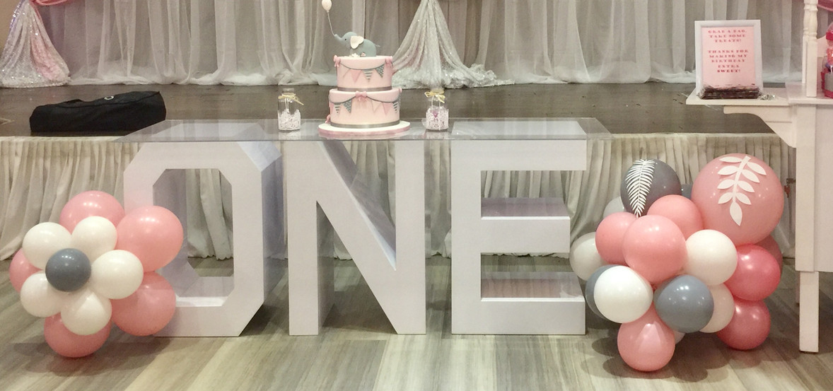 Marquee-Letter-ONE-first-birthday-party-