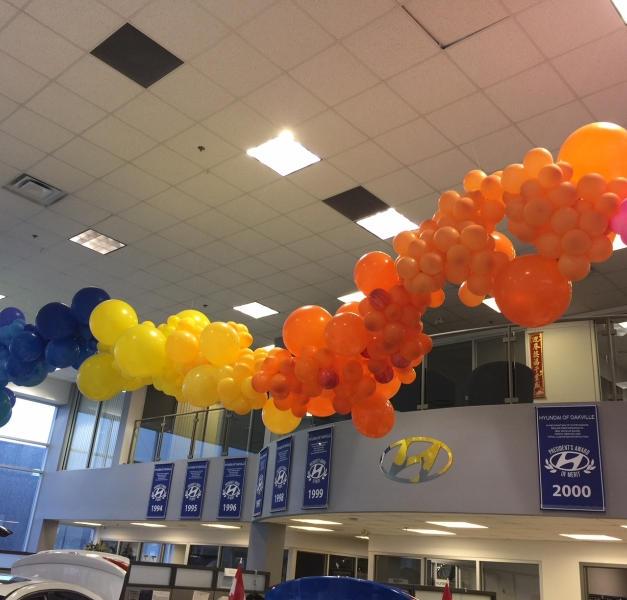 dealership-ceiling-decor-giant-balloon-i