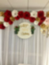 Red-paper-flower-backdrop-birthday-party