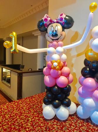minnie-mouse-balloon-pillar-character-bi
