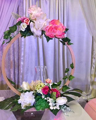 hoop-floral-candle-centerpiece-birthday-