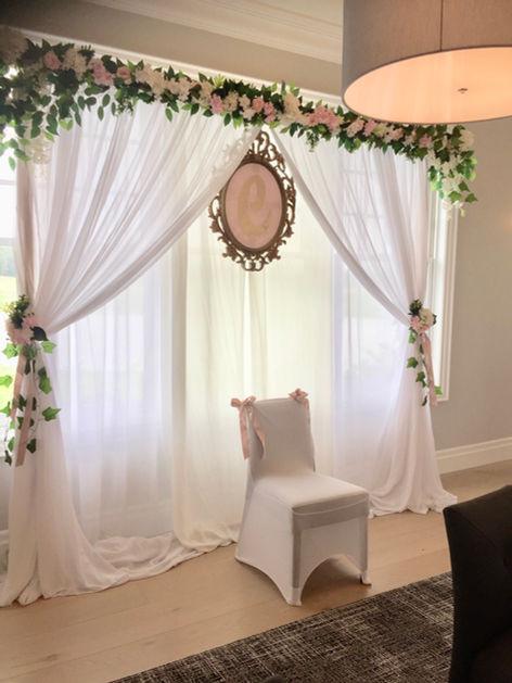 floral-white-backdrop-wedding-sweet-16-d