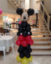 mickey-mouse-balloon-character-sculpture