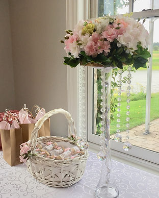 floral-centerpiece-chandelier-rental-swe