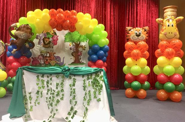 Jungle-Safari-balloon-decoration-idea-bi