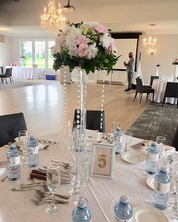 Floral-chandelier-centerpiece-for-rental