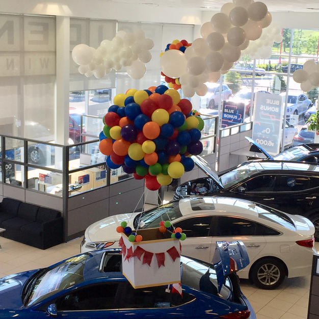 ceiling-balloon-decor-dealership-hot-air