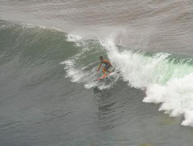 MAUI SURFER