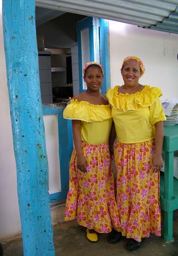 WAIT STAFF. DOMINICAN REPUBLIC