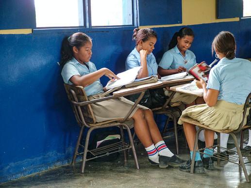 SCHOOL GIRLS IN THE DR