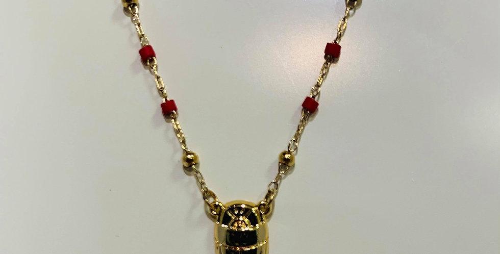 Collier Zag rouge scarabé acier doré