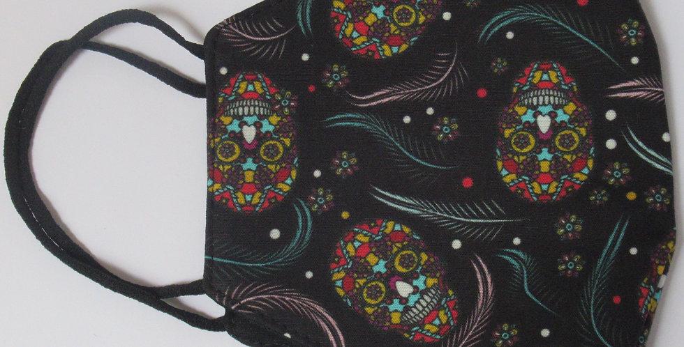 Masque en tissus tête de mort mexicaine et plumes